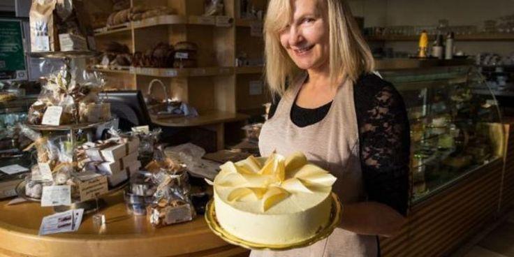 Kue Hingga Pai Apel, Aneka Makanan Bertema Melania Trump - http://darwinchai.com/traveling/kue-hingga-pai-apel-aneka-makanan-bertema-melania-trump/