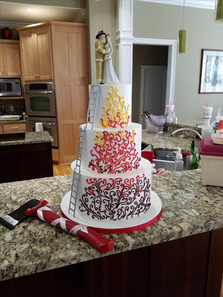 fireman themed wedding cakes 25 best ideas about firefighter wedding cakes on 14272