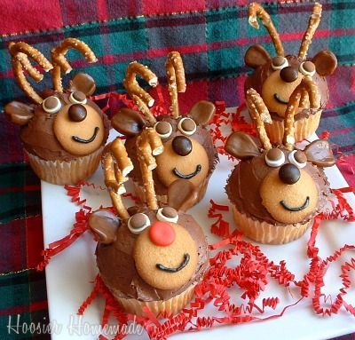 How cute are these little Reindeer Cupcakes!  Rudolph really does have a very shiny red nose!
