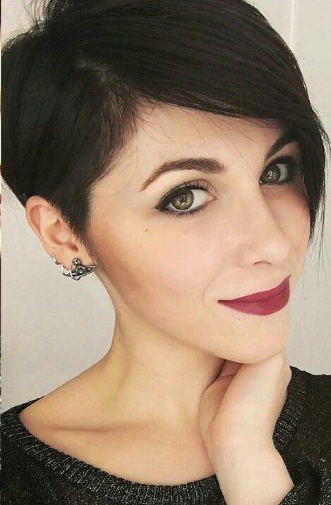 17 Best Ideas About Asymmetrical Pixie On Pinterest Short Asymmetrical Hairstyles Long Pixie