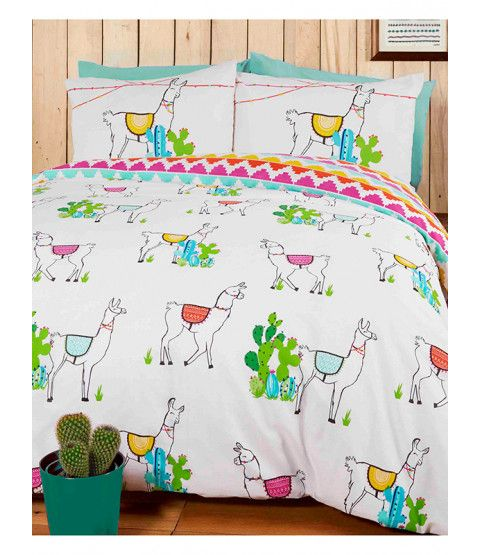 This Happy Llamas Single Duvet Cover and Pillowcase Set will add a fun finishing touch to any bedroom. The design features a collection of happy llamas in colourful blankets, with a coordinating colourful Aztec style pattern reminiscent of the llama's native Peru on the reverse. Free UK delivery available.