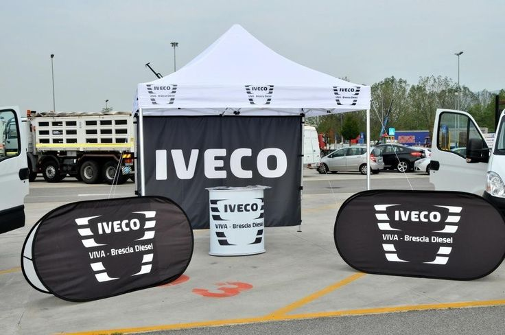Outdoor Stands. Different display solutions such as gazebo, flags, desks, beach/patio umbrellas, for your outdoor marketing.