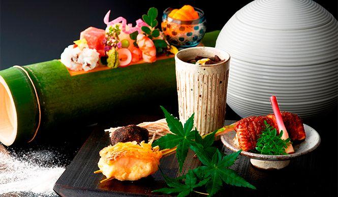 銀座から徒歩圏内に位置する「コンラッド東京」は、この7月で開業から10周年を迎える。それを記念して、6月1日(月)から各レストランおよびスパにて、アニバーサリーメニューを順次展開する。
