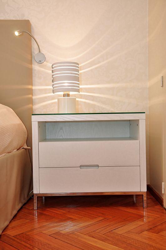 Mesa de luz - Linea D Tienda / Estudio www.lineadinteriorismo.com.ar