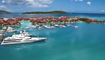The Eden Island Deep Water Marina can moor yachts up to 100m