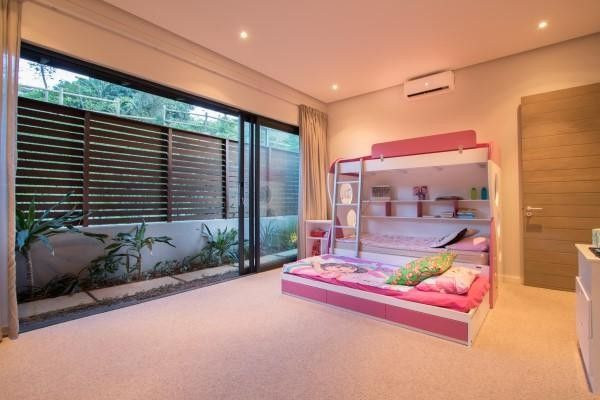 4 Bedroom House For Sale in Simbithi Eco Estate