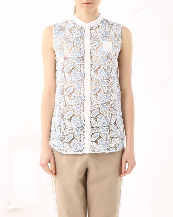 Top with floral embroidery N°21 #N21 #lace #shirt #fashion #style #stylish #love #socialenvy #me #cute #photooftheday #beauty #beautiful #instagood #instafashion #pretty #girl