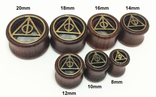 1-Pcs-Vintage-Natural-Wood-Saddle-Ear-Plugs-Hollow-Piercing-Flesh-Tunnels-Brown