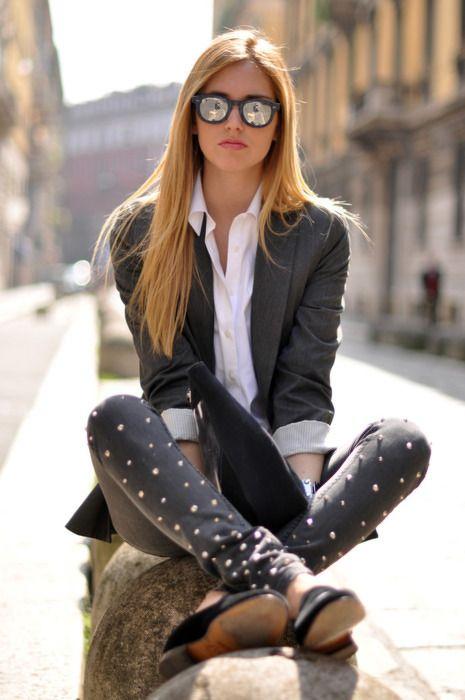 Polka dot pants, blazer and reflective glasses