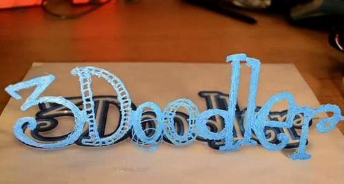 3Doodler oltre le due dimensioni.  Abbandonate il concetto di bidimensionale. È arrivata la terza dimensione del disegno.