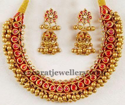 Jewellery Designs: Spectacular Tussi Choker