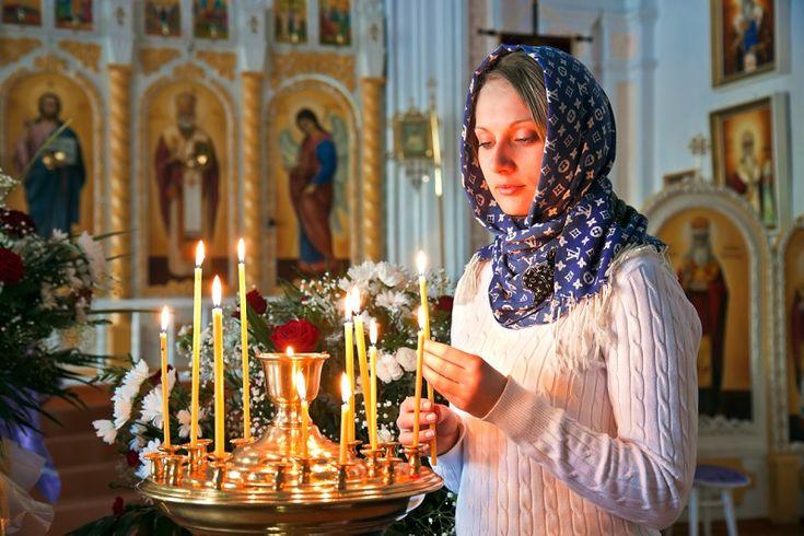 Верующие люди приходят в церковь как в место, где они могут очистить свои мысли, душу, а некоторые ходят лишь по большим праздникам. Но есть категория людей, которые …