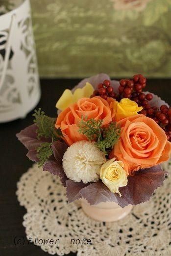 『【結婚祝】きっかけは色々です』 http://ameblo.jp/flower-note/entry-11165005469.html