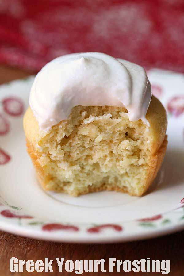 A Simple Recipe For Vanilla Flavored Greek Yogurt Frosting With A Low Carb No Sugar Option Using Swerve Vanilla Recipes Frosting Recipes Greek Yogurt Frosting