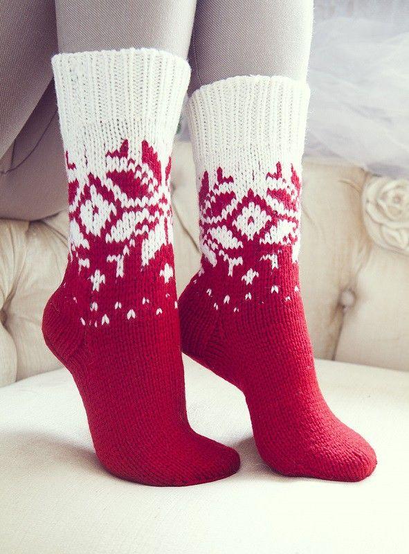 Красные носки вязаные женские