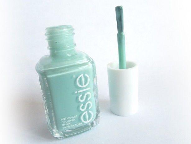 """Essie dekkende """"Mint Candy Apple"""" & witte """"Blanc"""" nagellak"""