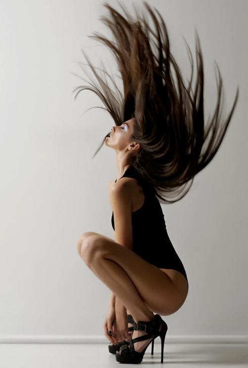 dramatic hair...love the heels <3