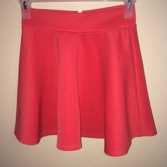pink skater skirt Pink cute skater skirt Offers welcome, willing to negotiate the price.CHEAPER ON MERC Skirts Circle & Skater