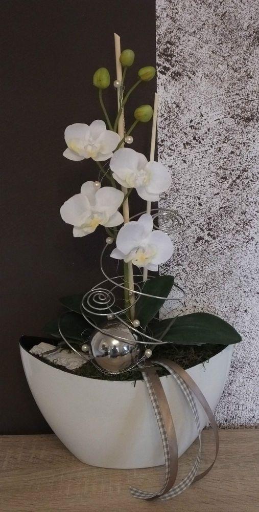 Perfect Kann als Tischschmuck Wohndekoration oder als Geschenk verwendet werden Orchideengesteck in wei uszlig Handdekoriert mit hochwertigem Floristikmaterial