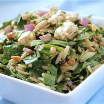 Spinach and Orzo Salad: Feta Chee, Olives Oil, Balsamic Vinegar, Olive Oils, Red Onions, Pine Nut, Color Cold, Cold Salad, Orzo