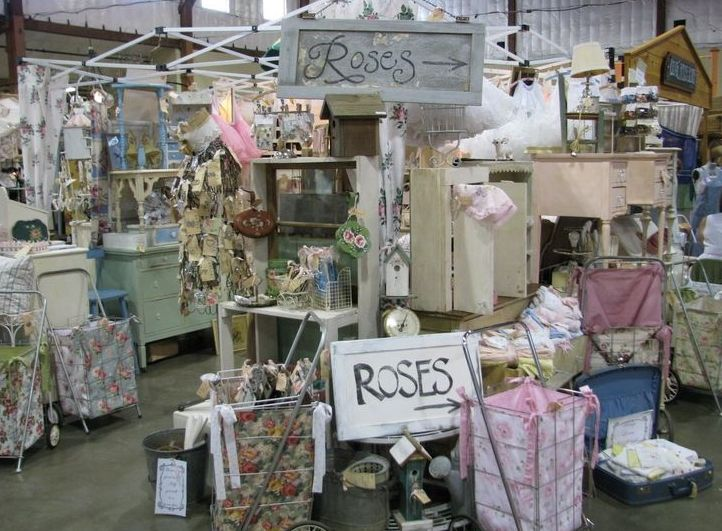 17 best craft show images on pinterest flea markets for Decoration vendors