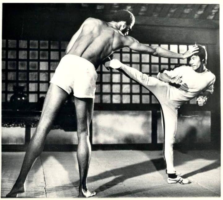 Bruce Lee & Kareem Abdul Jabaar in GAME OF DEATH