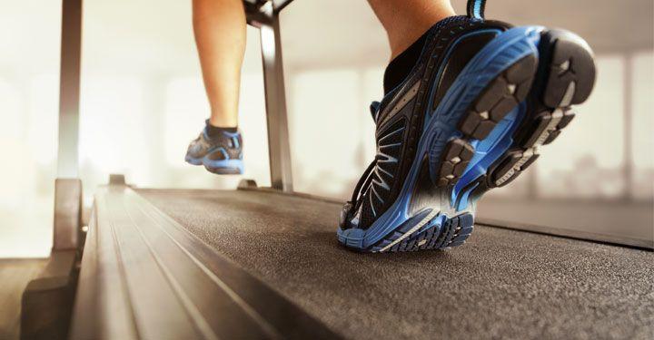 Ben jij een fanatieke hardloper? Dan mag krachttraining zeker niet in je routine ontbreken. Lees hier welke 7 oefeningen je sowieso zou moeten doen!  https://www.fitness-tips.nl/cardio/fitnessoefeningen-voor-hardlopers