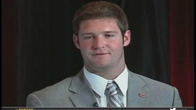 Arkansas All-SEC QB Tyler Wilson  College Football Fix video- http://www.css-sports.com/pages/videos?PID=qEZMpB-U5NqCKSlObOQI3_T6arOTN6_JU2VOZha#