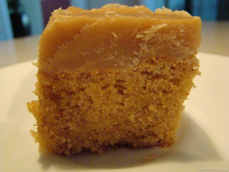 ... | Peanut butter squares, Dirt cake recipes and Peanut butter bars