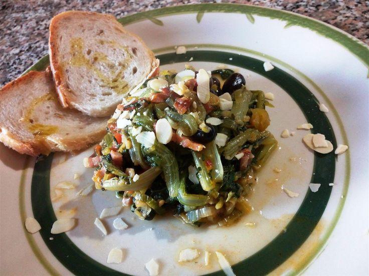 Acelgas rehogadas con panceta - Acelgas con almendras - Bietole con pancetta e mandorle - Chard with bacon and almonds
