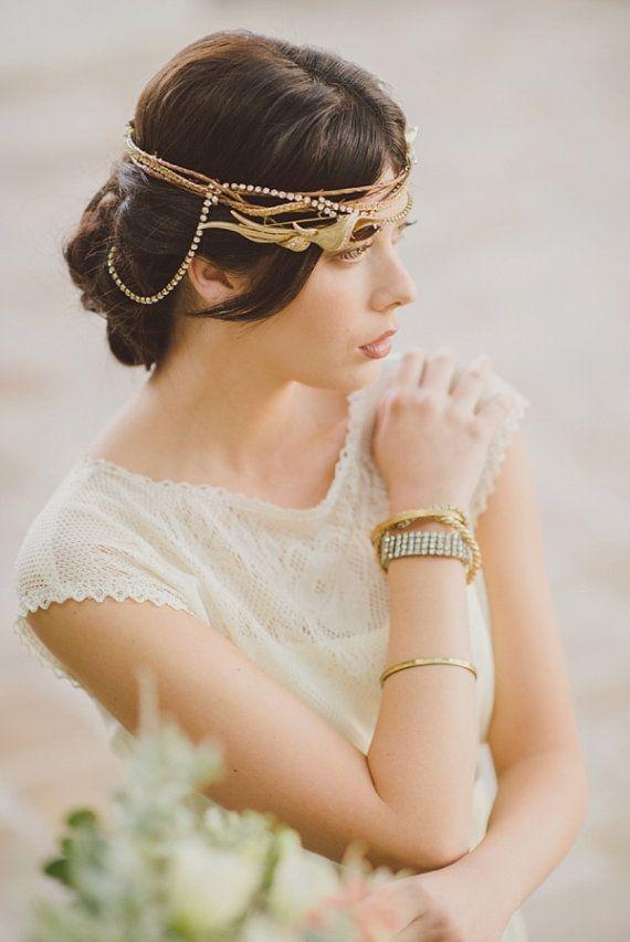 Vintage Lace Wedding Dress Summer Wedding Dress by thesoilandsea