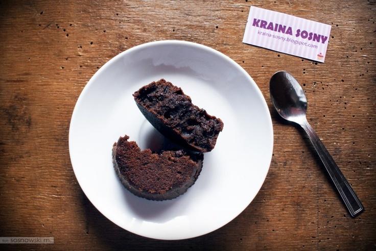 Od dwóch tygodni próbujemy znaleźć przepis na idealne brownies. Dzisiaj proponujemy przepis jednego z naszych użytkowników. Oto wersja na chwilę relaksu z kubkiem popołudniowej niedzielnej kawy! MNIAM!