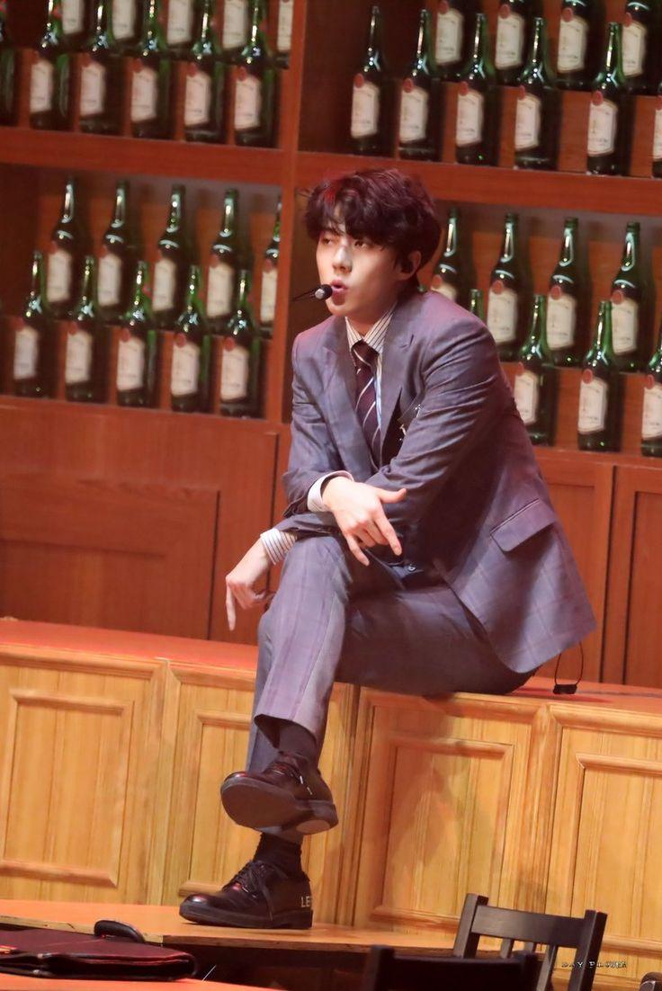 #Sehun #Exo The EℓyXiOn in taipei .