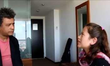 Cantautor cubano Polito Ibañez concede una peculiar entrevista a una niña mexicana