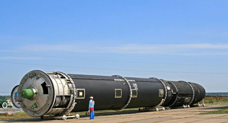 rossiya-pokazala-pervye-snimki-uzhasayushhej-super-yadernoj-rakety-quibbll-0