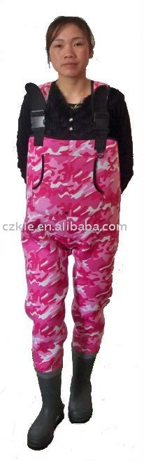 pink fishing gear for women | Neoprene Women Pink Camo Waders, China Neoprene Women Pink Camo Waders ...
