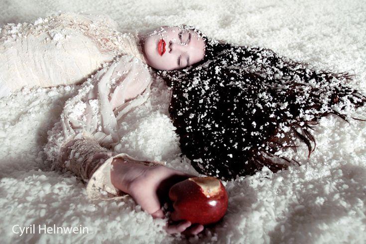 Snow White + the Poison Apple by Cyril-Helnwein.deviantart.com