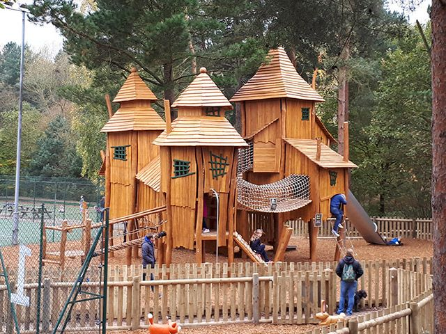 Three Tower Interlinked Adventure Playhouse In Forest Play Area Center Parcs Sherwood Forest Sherwood Forest Playground Design Outdoor Play Equipment