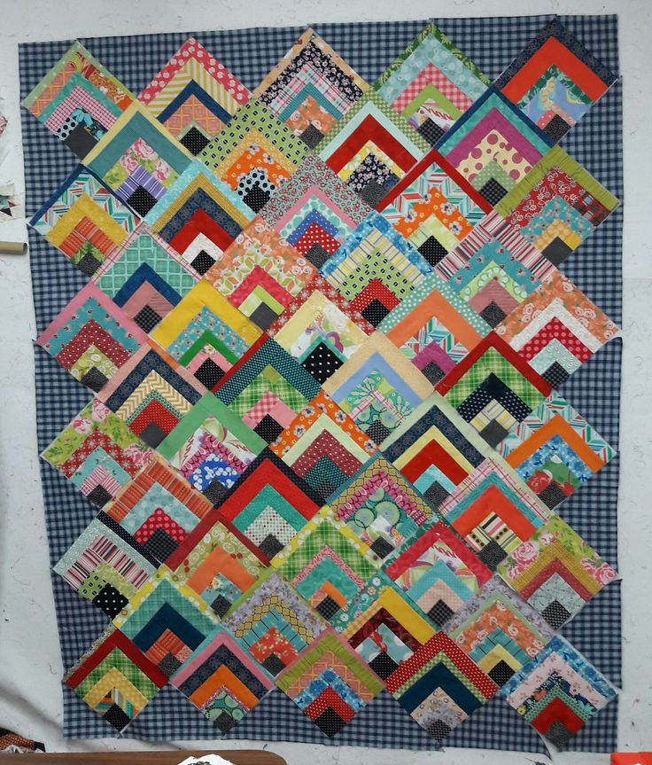 Scrappy Quarter Log Cabin Quilt Tutorial