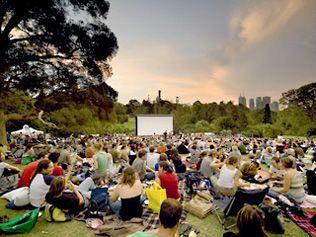 Moonlight cinema m: Melbourne Botanical gardens through summer months