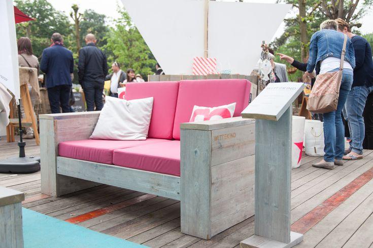 Das WITTEKIND Lounge 2er Sofa, auf der Landpartie Bückeburg.