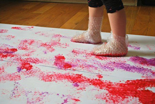 Bubble Wrap Stomp Painting — Mess for Less