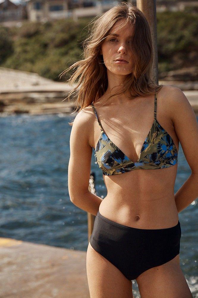 RVCA Hotel Motel Floral Triangle Swim Bikini Top. #rvca #cloth #