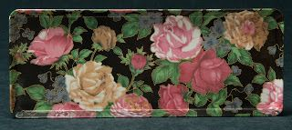 Mebel Melamine Sandwich Tray -- Roses on Black Background, made in Italy.
