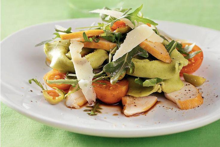 Kijk+wat+een+lekker+recept+ik+heb+gevonden+op+Allerhande!+Tortellonisalade+met+gerookte+kip