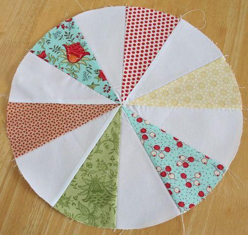 Almofada patchwork redonda com molde e passo a passo