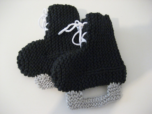 Hockey Knitting Patterns : Hockey Skates Baby Booties! Ravelry: Project Gallery for Hockey Skates Baby B...
