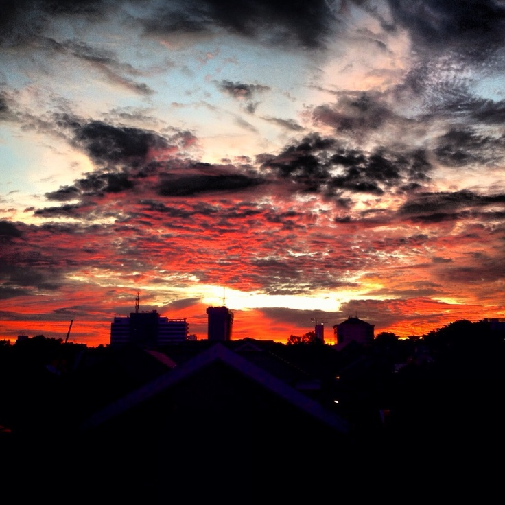 The sky is on fire - Jakarta March 2013