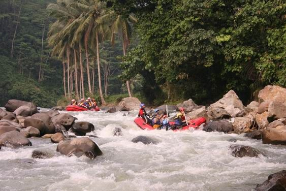 Rafting at Ciberang River