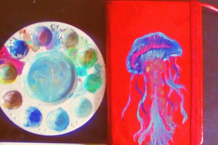 Jellyfish I made with extra paint from the lion.  I want a cover for my sketchbook so... Jellyfish . . Una medusa que hice con pintura que me sobró del león.  Quería una portada para mí cuaderno de bocetos así que... Hice una medusa  . . MATERIALS -Royal Lagnickel oils . . #jellyfish #medusa #drawing #draw #illustration #pintar #instaart #pen #pencil #cover #sketch #sketchbook #oleo #artistoninstagram #ink #art #artist #popart #paint #painting #talent #animal #creative #love #dibujo…